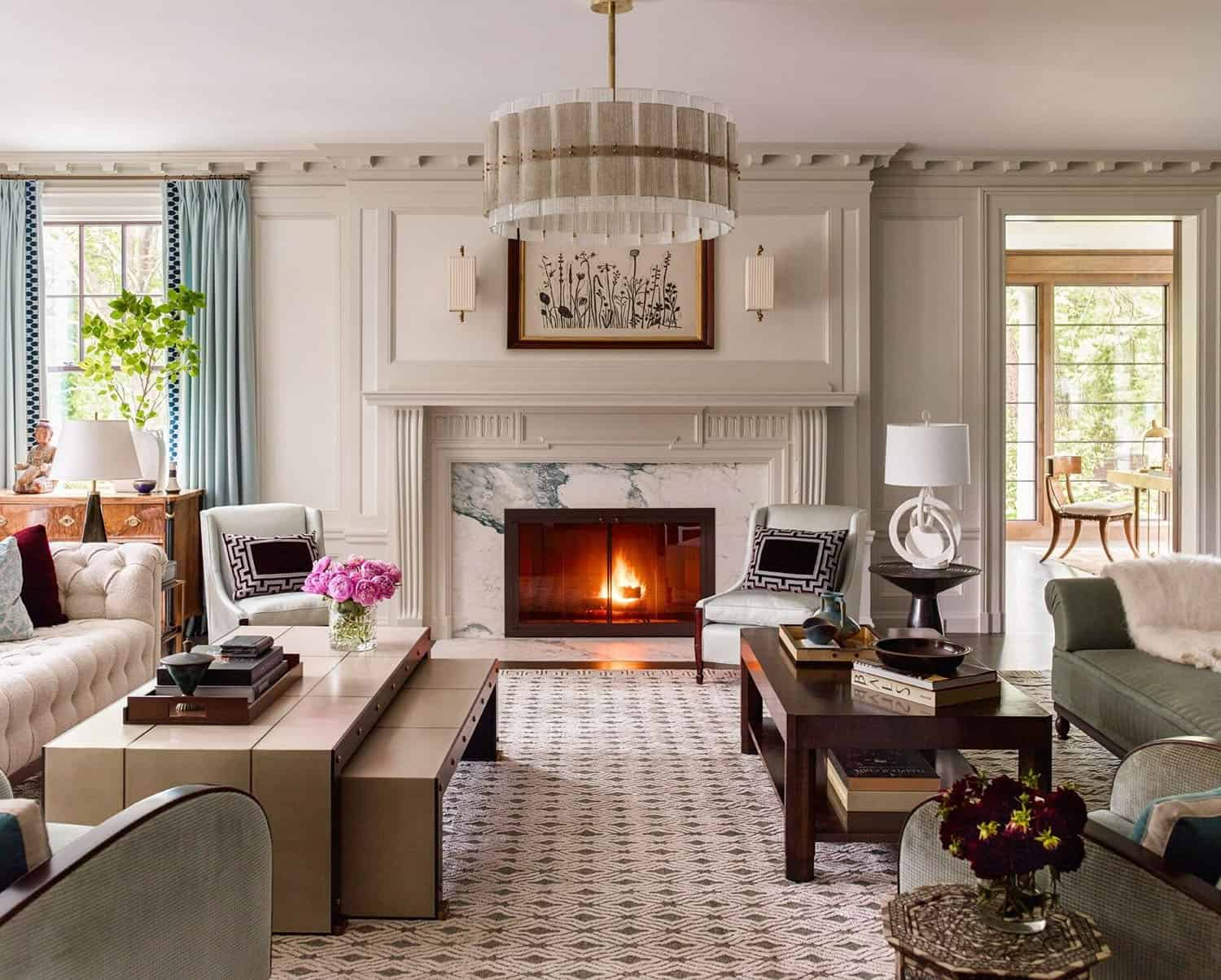 fireplace-traditional-living-room