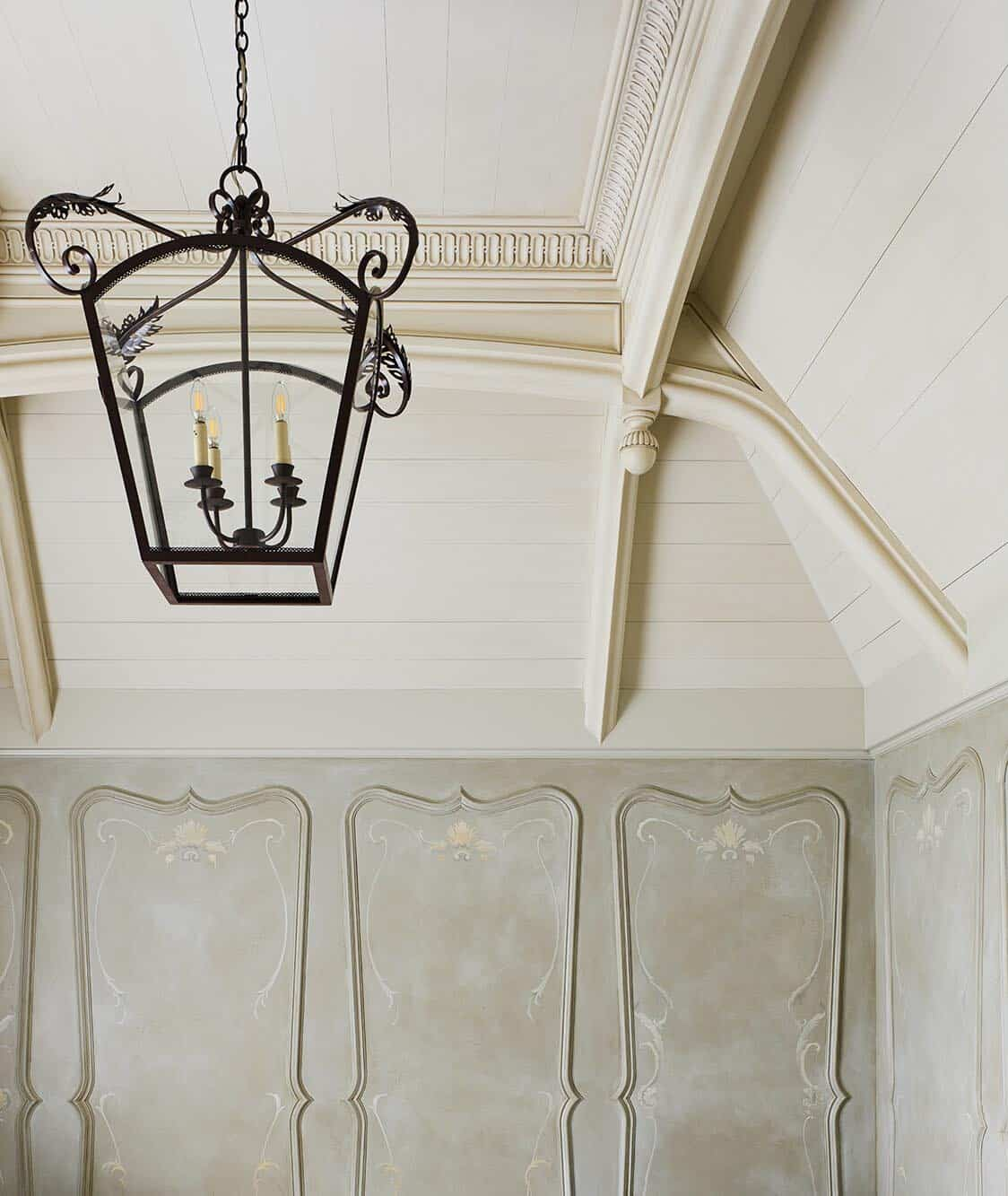 victorian-ceiling-detail