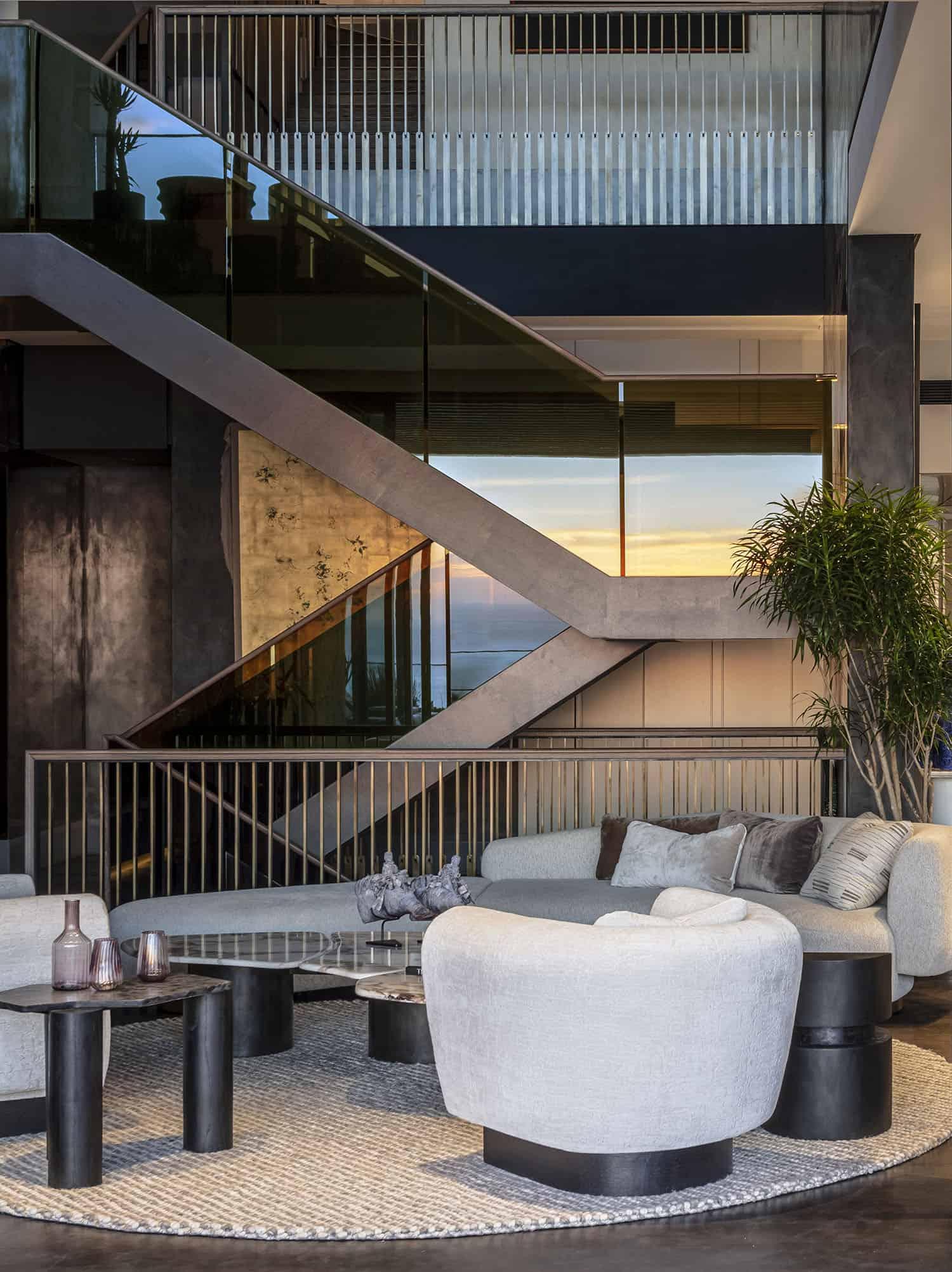 luxury-penthouse-villa-living-room