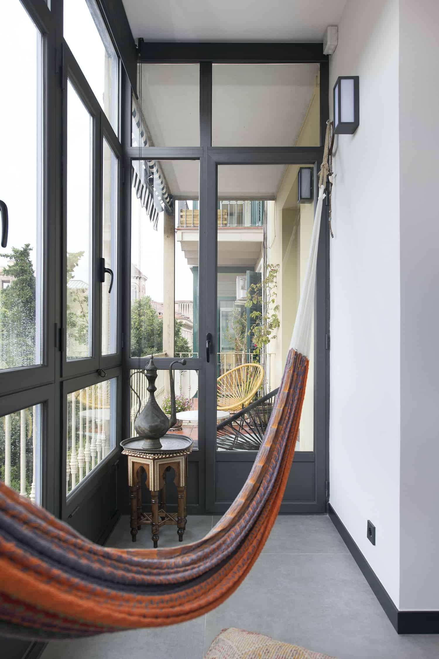 contemporary-industrial-enclosed-balcony