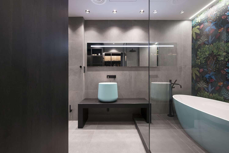 contemporary-industrial-bathroom