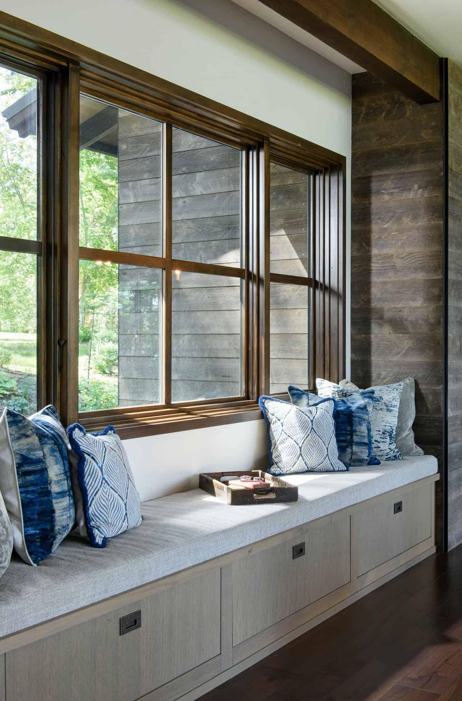 modern-rustic-hall-window-seat