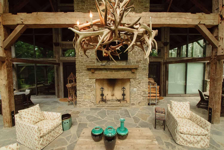 outdoor-fireplace-rustic-exterior
