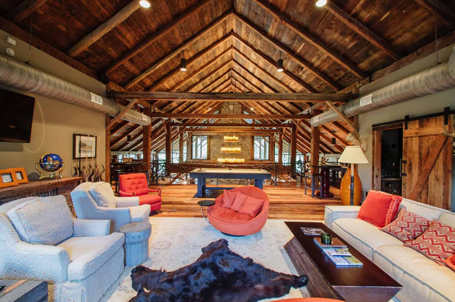 game-room-rustic-family-room