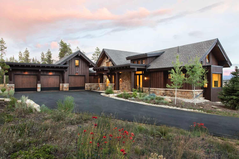 craftsman-style-mountain-home-exterior