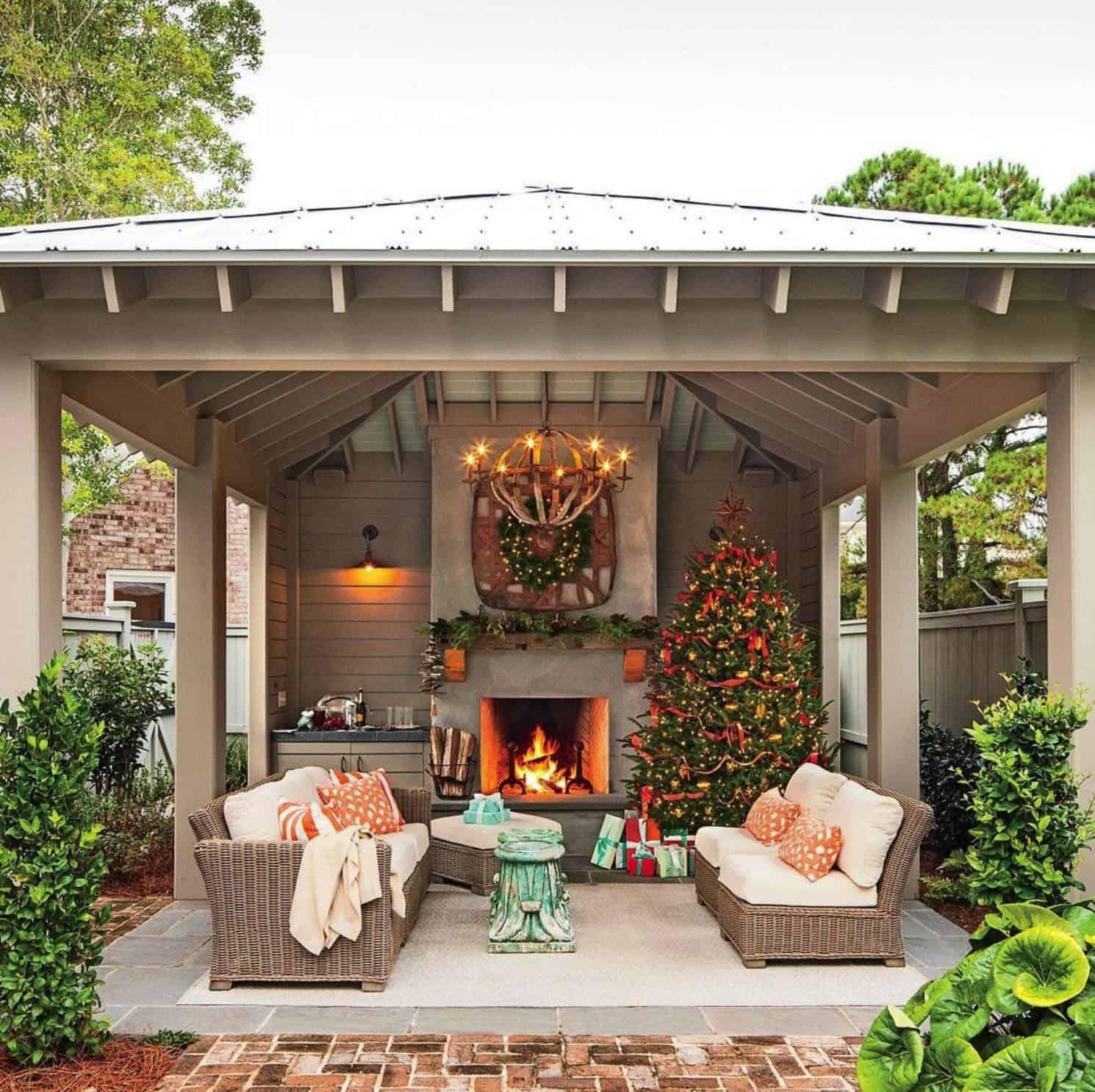 holiday-decor-ideas-outdoor-living-patio