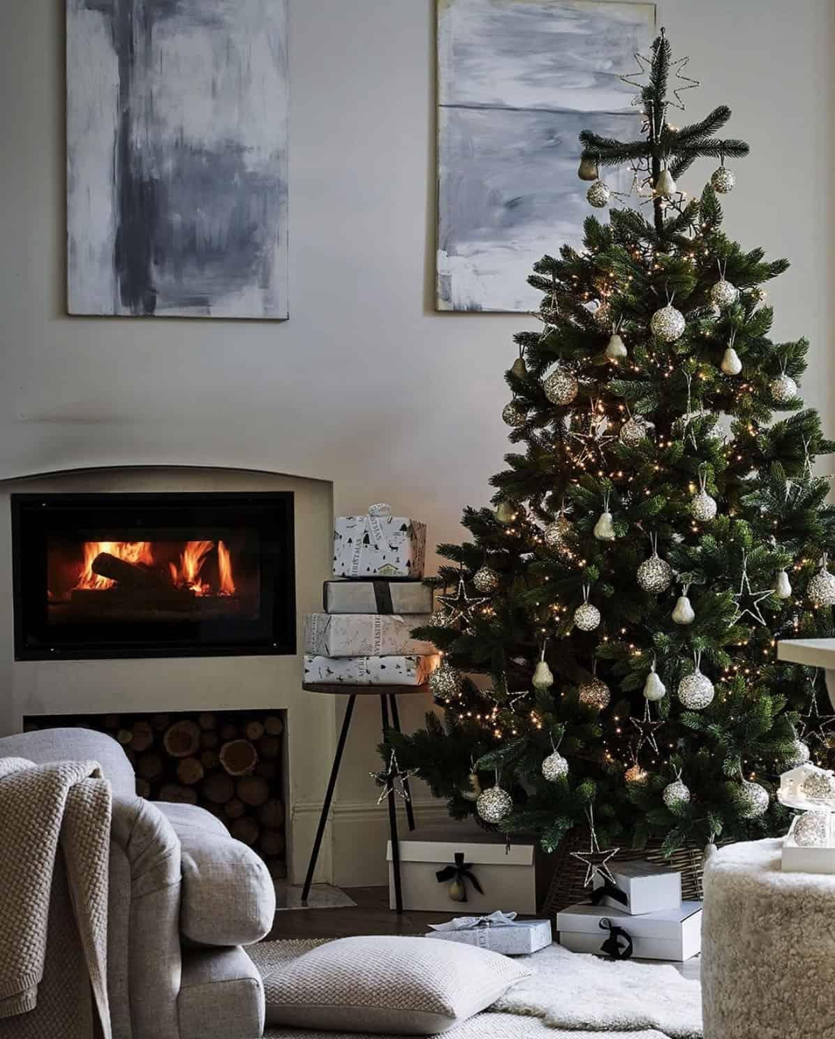 holiday-decor-ideas-living-room