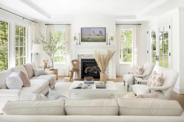 featured posts image for Dreamy classic cottage style home in Minnesota with stylish interiors