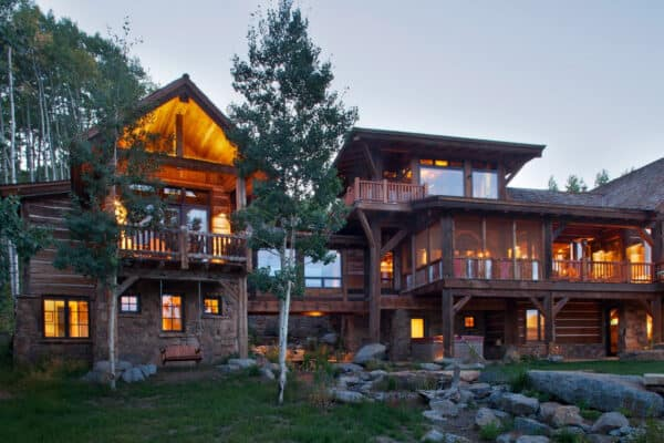 featured posts image for Colorado Rocky Mountain ranch retreat tucked into a grove of aspens