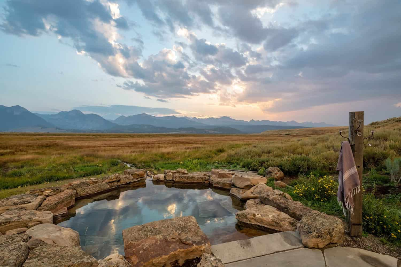 rustic-mountain-sanctuary-pool