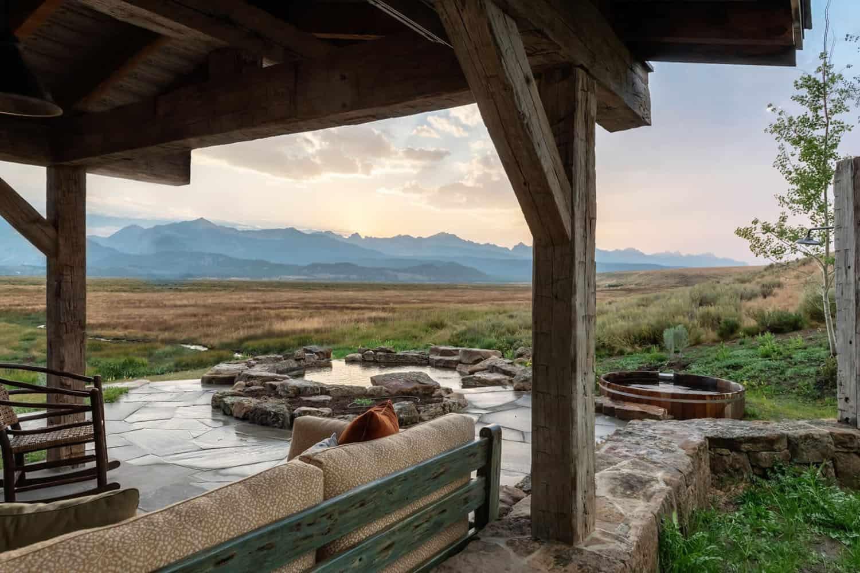 rustic-mountain-sanctuary-patio