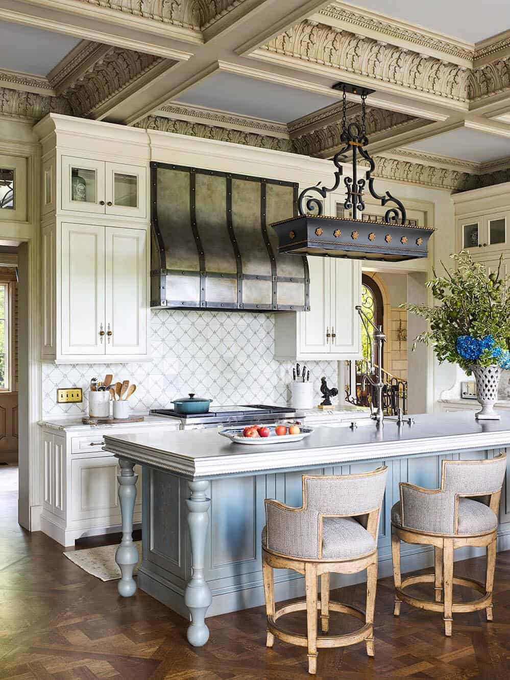 french-provincial-kitchen