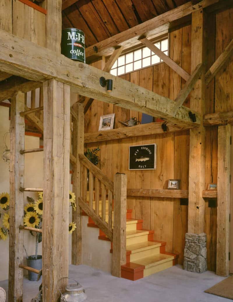guest-barn-farmhouse-staircase