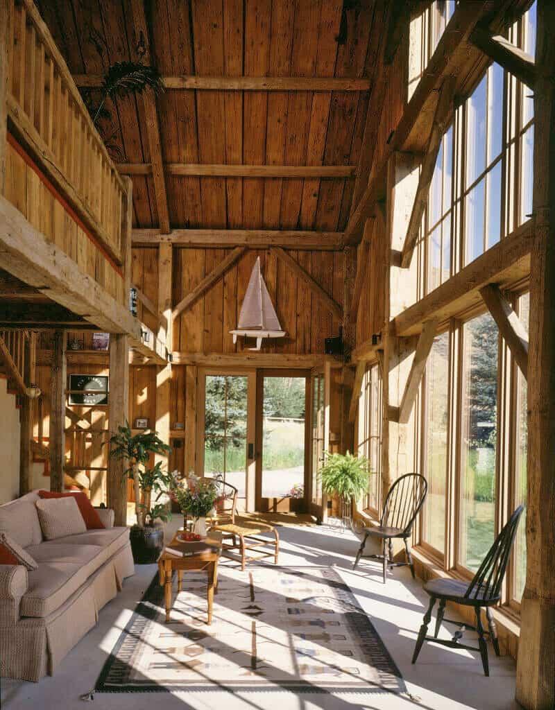 guest-barn-farmhouse-living-room