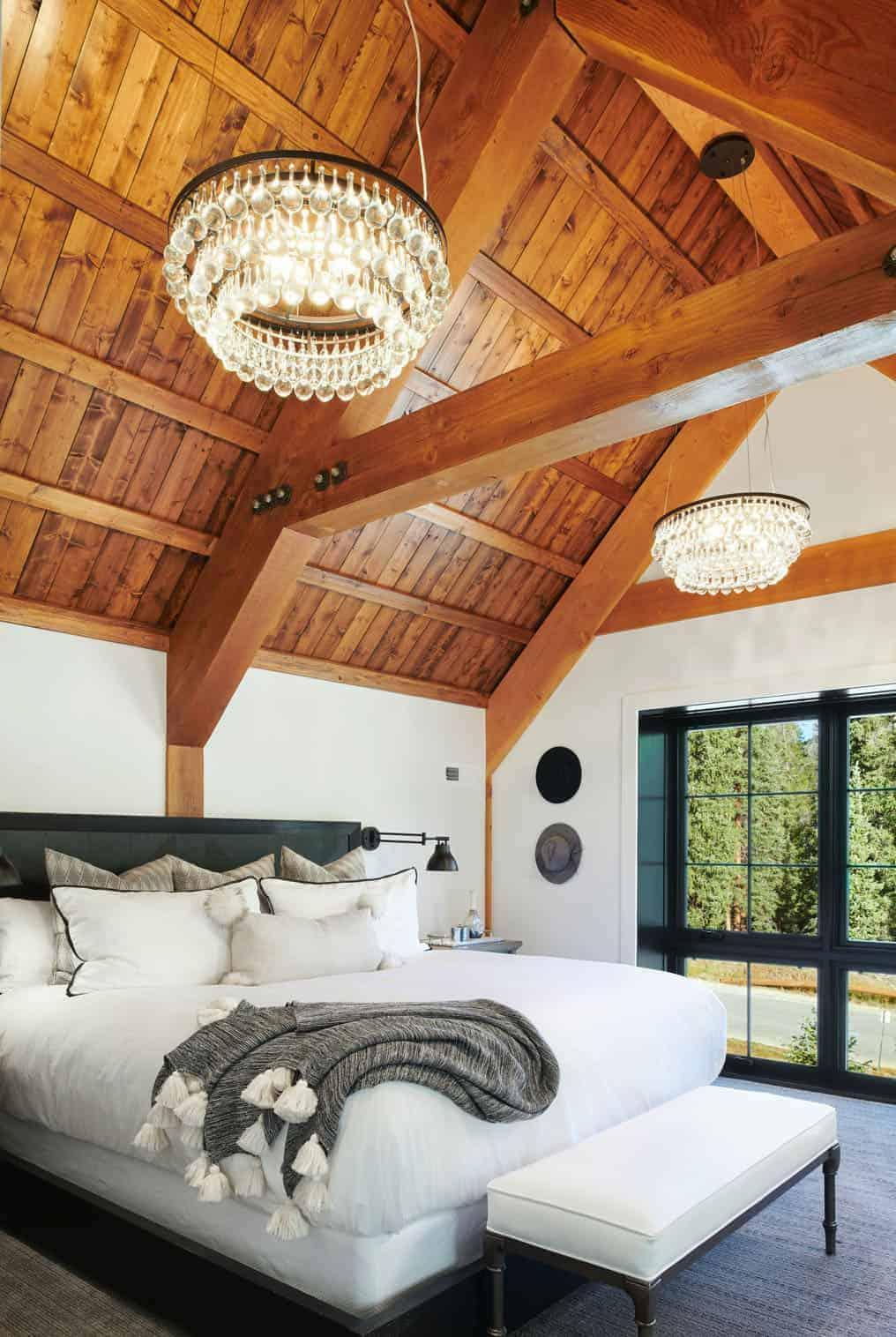 midwestern-barn-inspired-bedroom