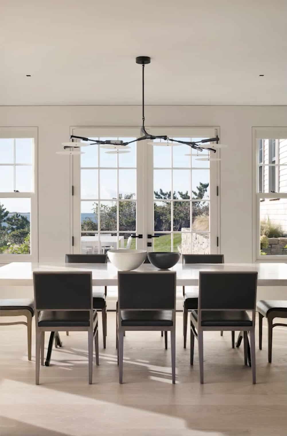 modern-beach-style-dining-room