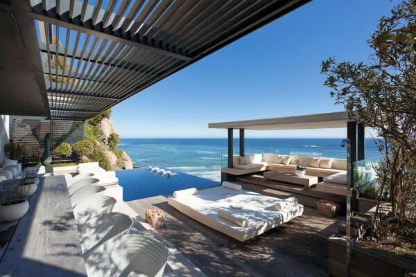 featured posts image for Luxury beachfront villa in South Africa boasts dramatic coastal vistas
