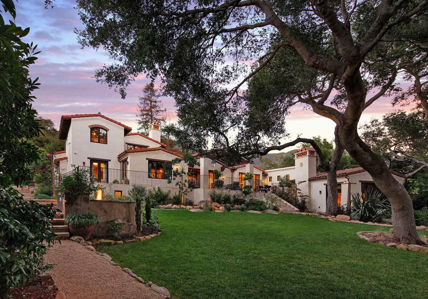 mediterranean-exterior-and-landscaping
