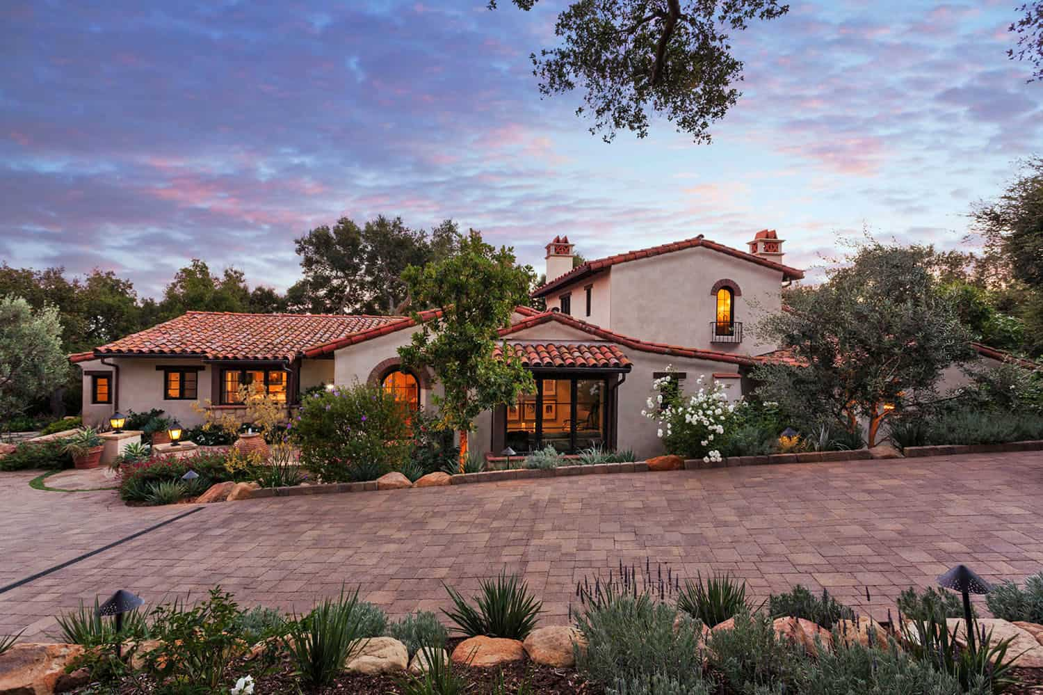 mediterranean-driveway-landscaping-and-exterior