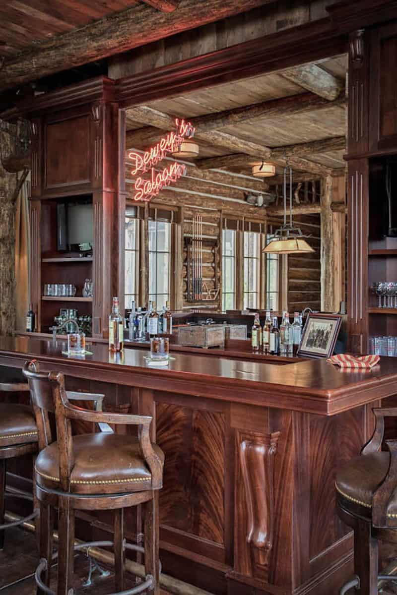 rustic-ranch-home-bar