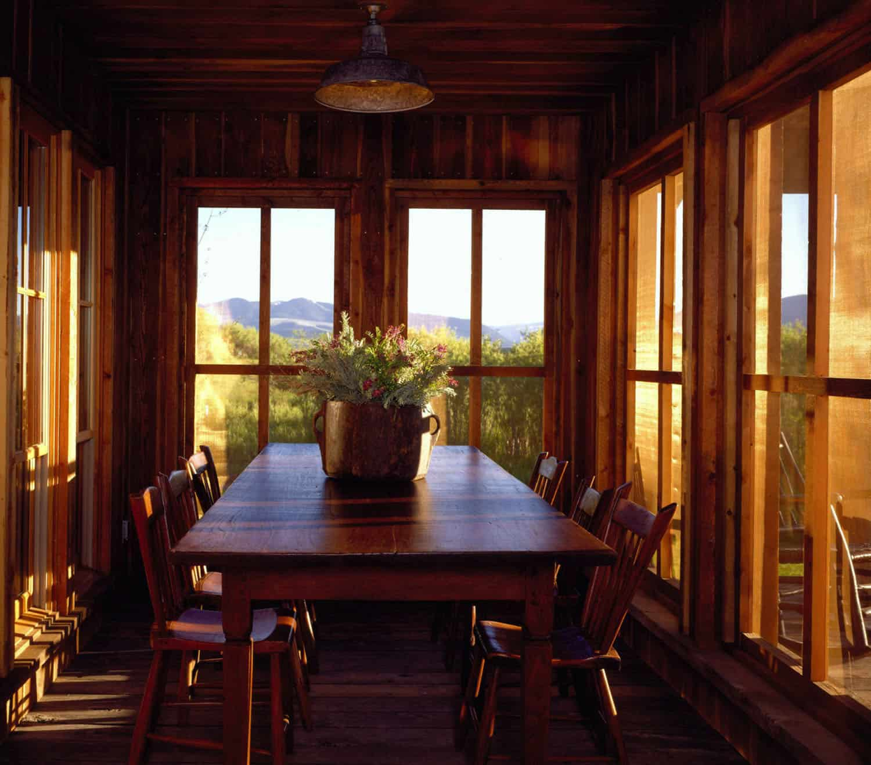 rustic-bunkhouse-sun-porch