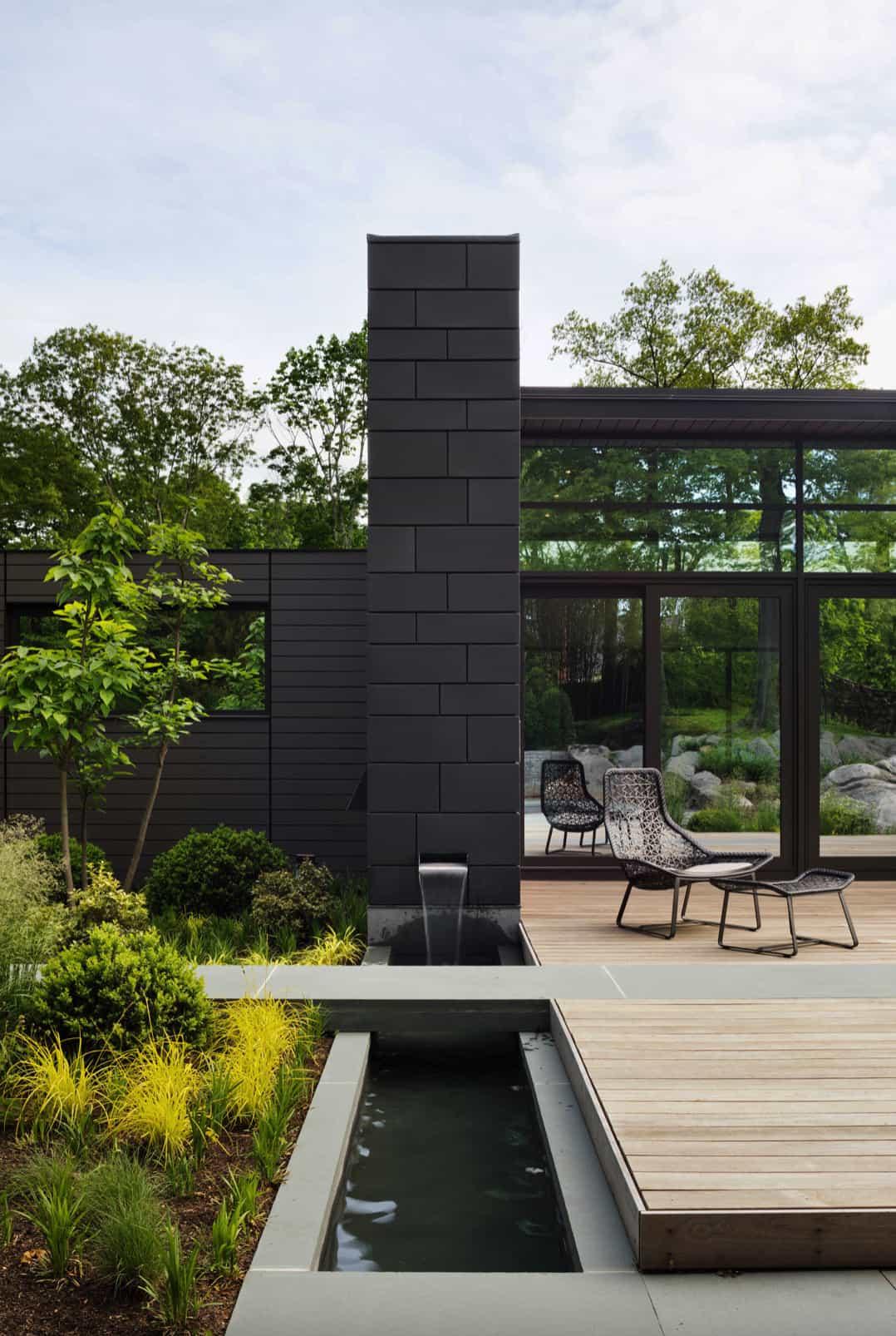 efficient-modern-home-exterior