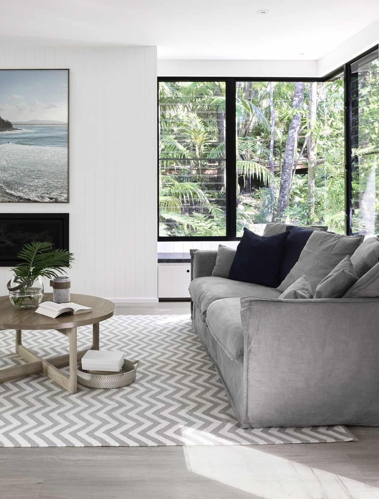contemporary-retreat-living-room