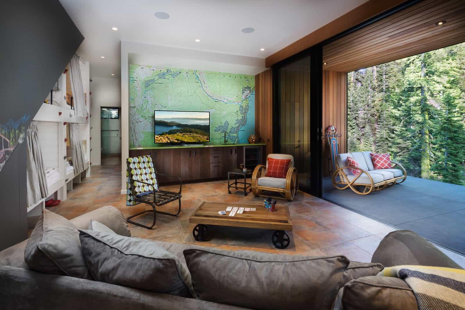 ski-cabin-family-room