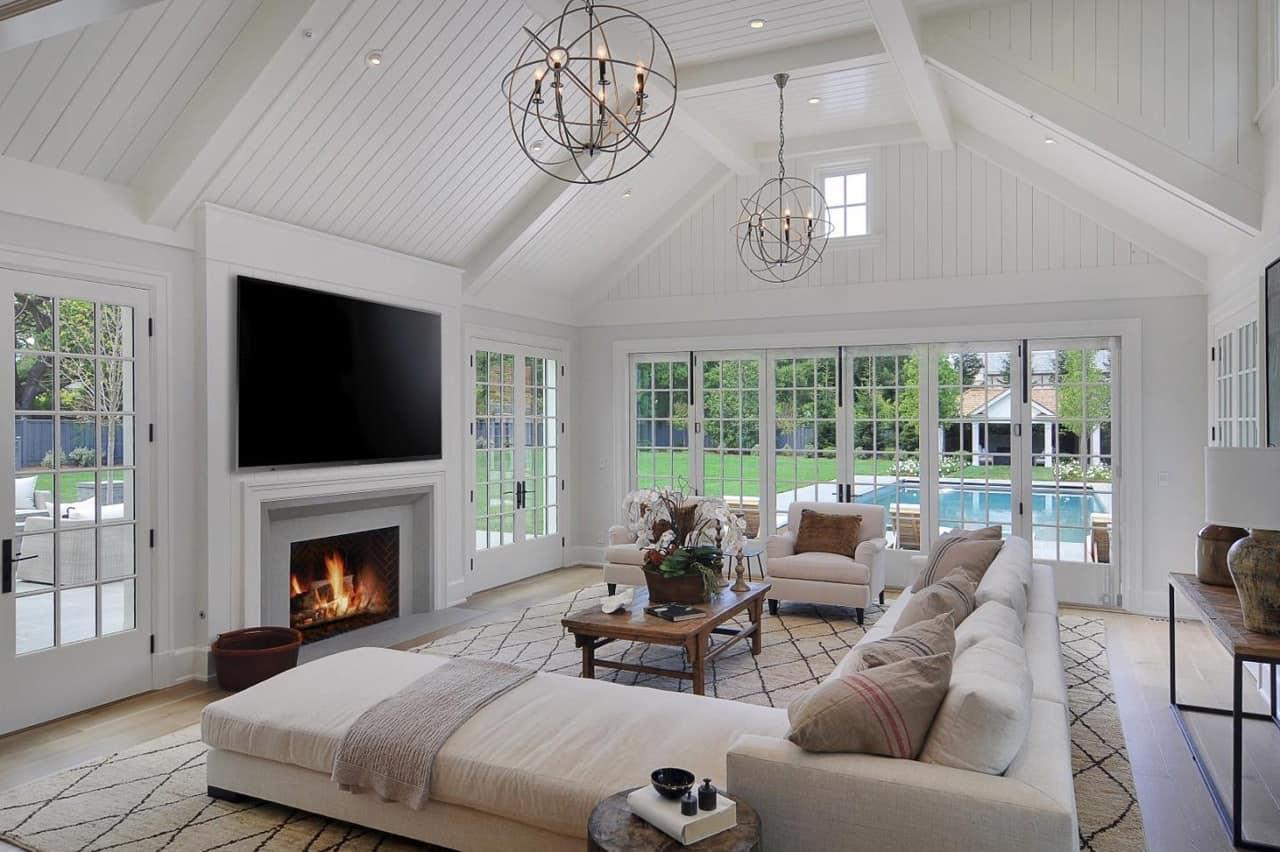 modern-farmhouse-living-room